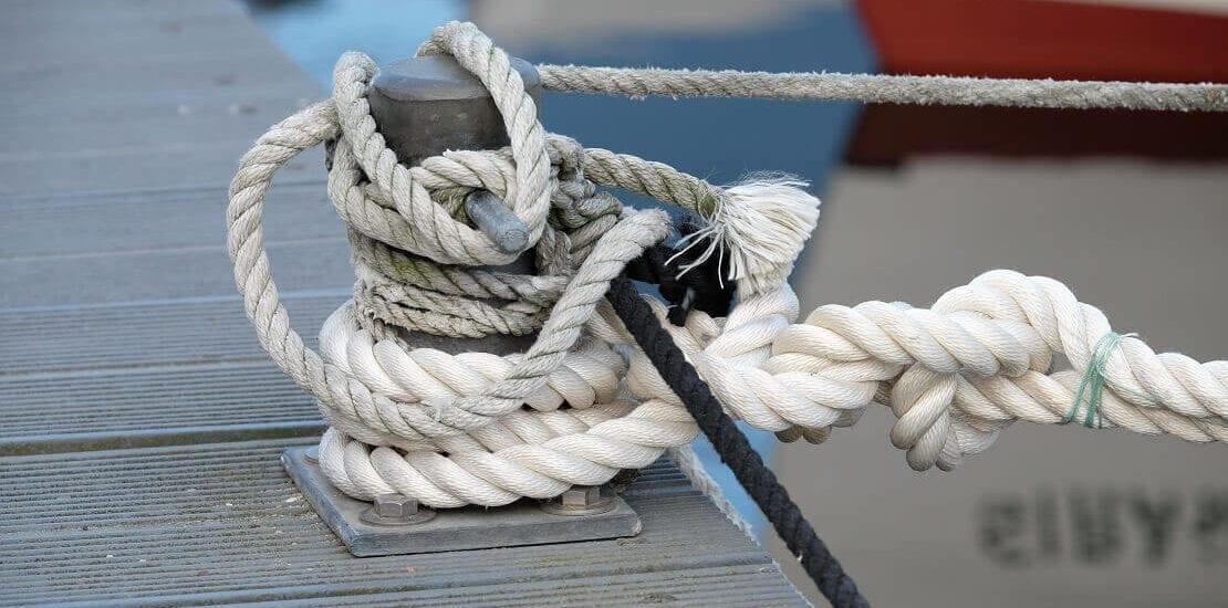 Hafenmanöver: Wie lege ich am Pier an?