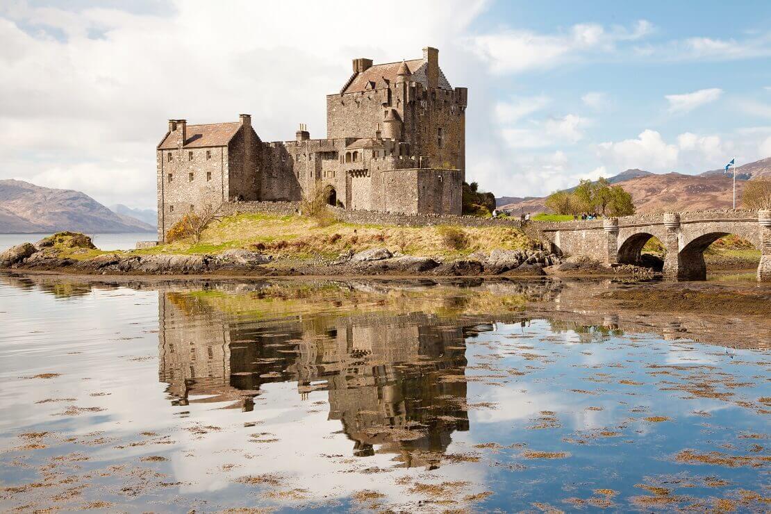 Eilean Donan Castle vom Wasser aus fotopgrafiert