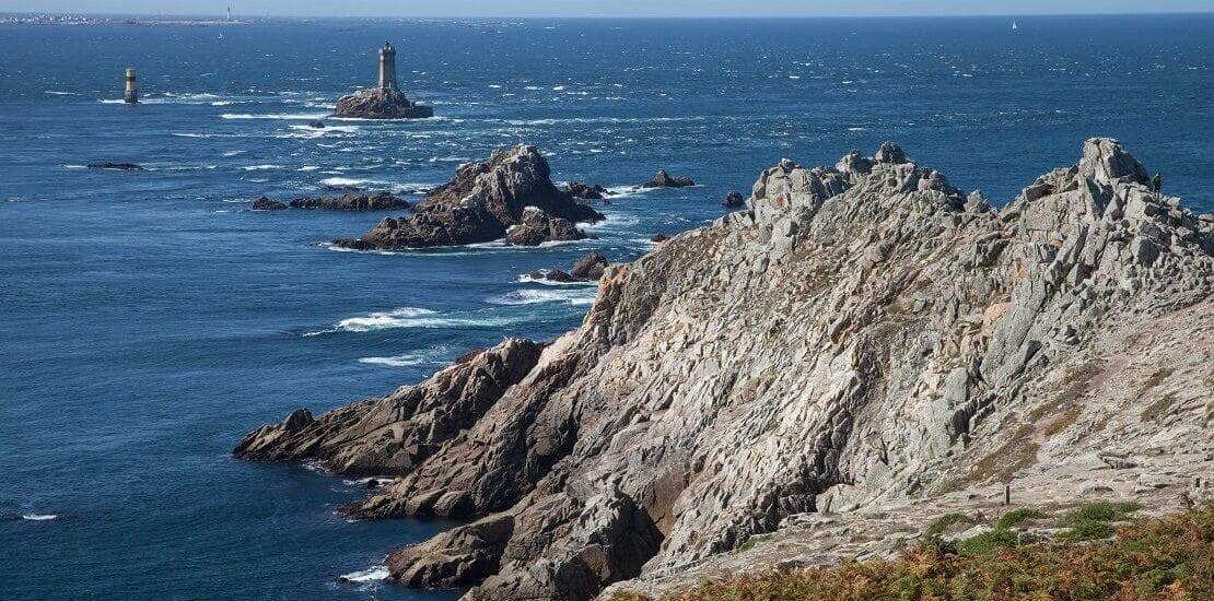 Segeln nach Gezeitenkalender in der Bretagne