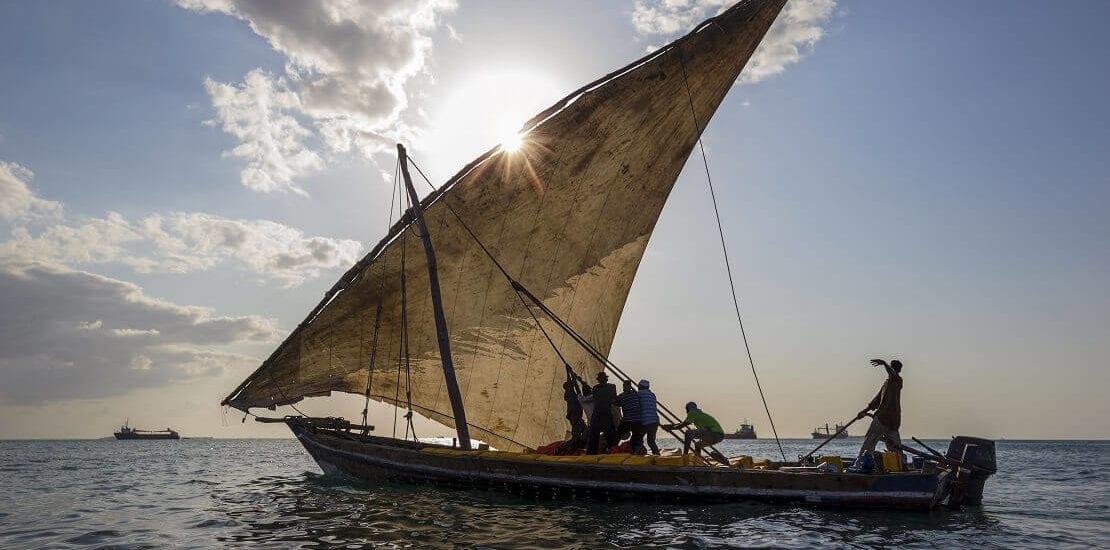 Historisches Segeln auf Dauen auf Sansibar