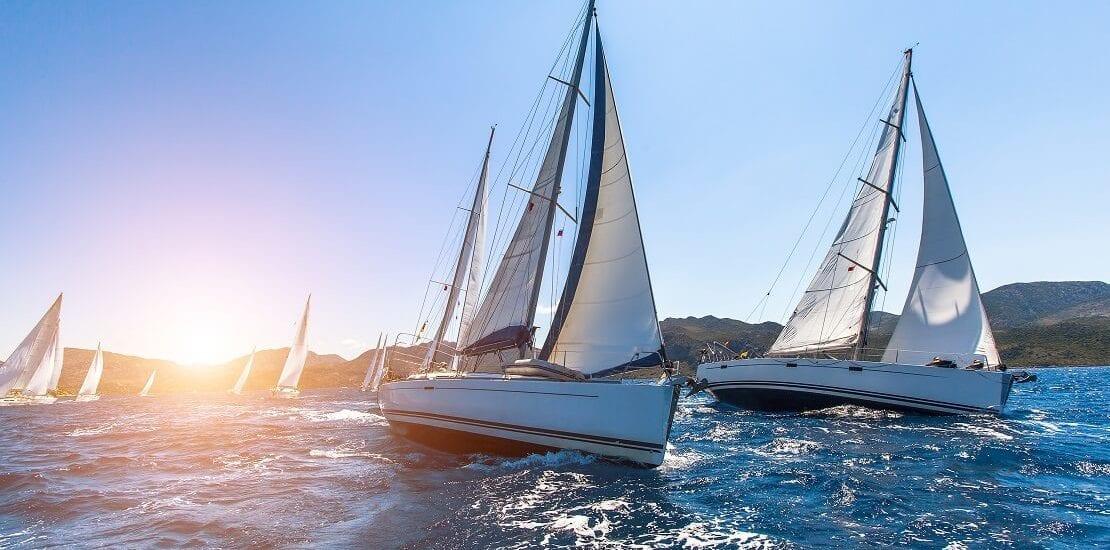 Boot gegen Boot – Wie läuft eine Regatta ab?