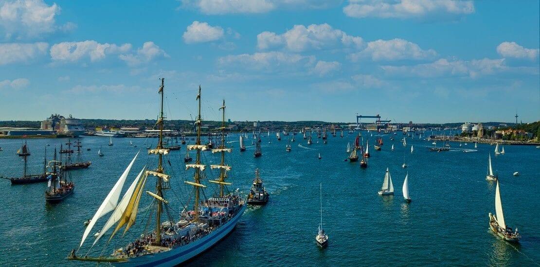 Die ganze Welt in Schleswig-Holstein: Die Kieler Woche