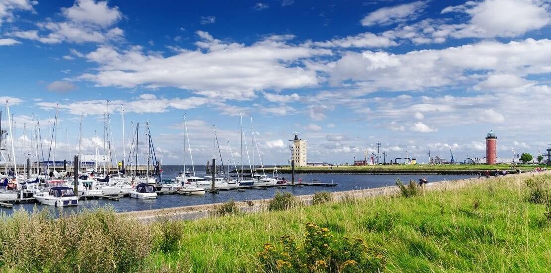 Durch Wind und Wetter segeln bei Cuxhaven