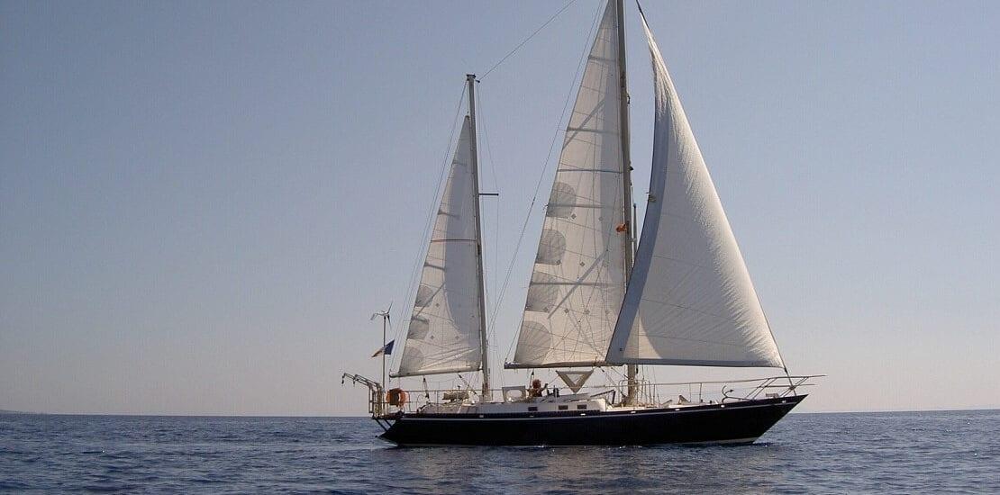 Mit einer Ketsch über die Weltmeere Segeln
