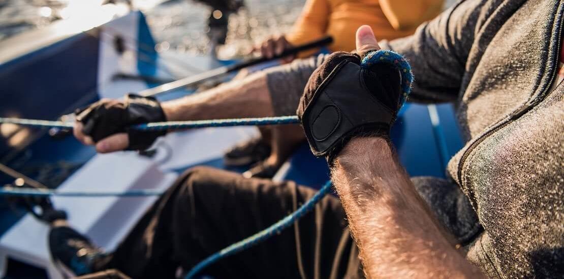 Segelhandschuhe für warme und geschützte Hände auf hoher See