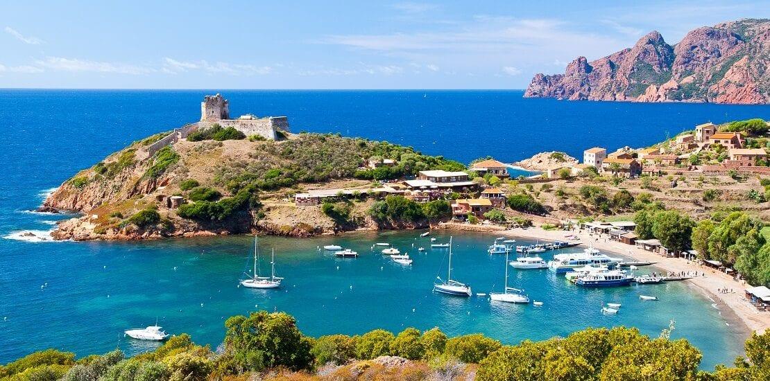 Immer beste Winde für den Familientörn um Korsika und Sardinien