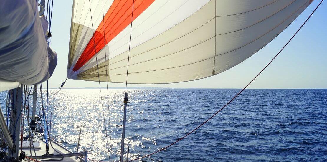 Das Blister Segel als bauchiges Vorsegel mit vielen Vorteilen