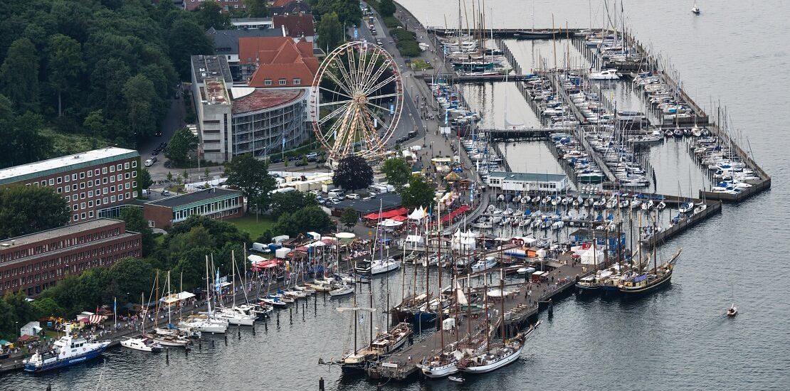 Kieler Woche 2021 startet mit Regatta- und Landprogramm
