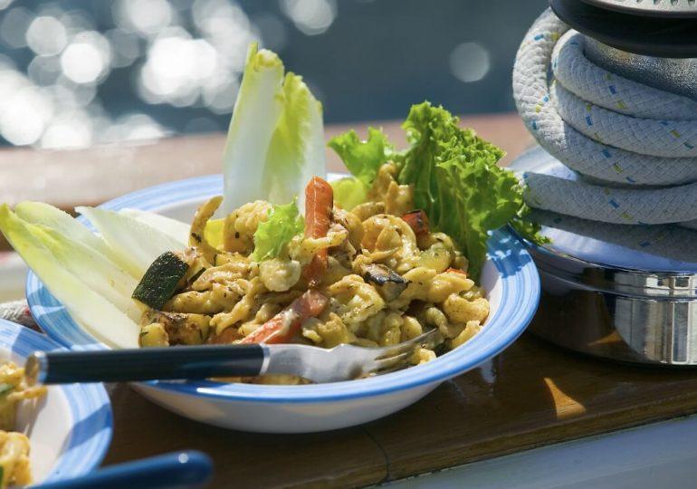 Was ist wichtig für eine gute Ernährung auf einem Segeltörn?
