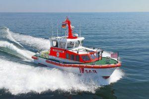 Einsatz der Seenotretter: Unterkühlter Katamaransegler sicher an Land